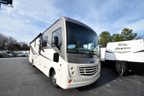 RV : 2019-HOLIDAY RAMBLER-34J