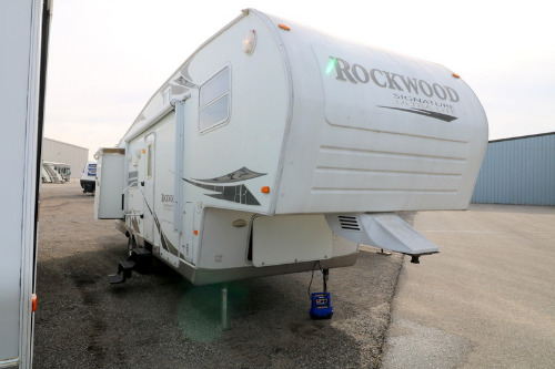 Exterior : 2008-FOREST RIVER-8288SS