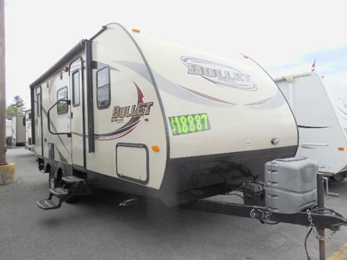 Used 2014 Keystone Bullet 217RBS Travel Trailer For Sale