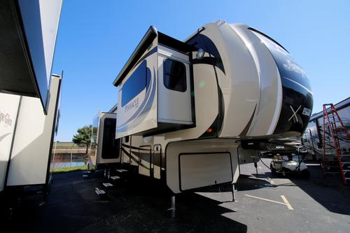 2016 Jayco Pinnacle