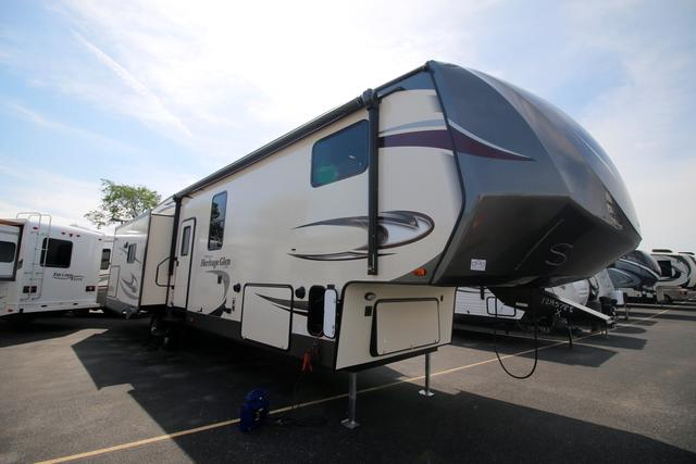 2017 Fifth Wheel Forest River Wildwood