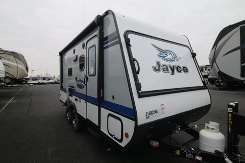 Bathroom : 2018-JAYCO-17XFD