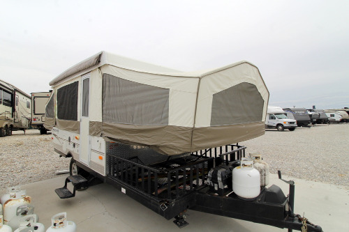 Exterior : 2010-FOREST RIVER-232XR