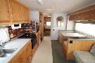 Living Room : 2001-WINNEBAGO-31C