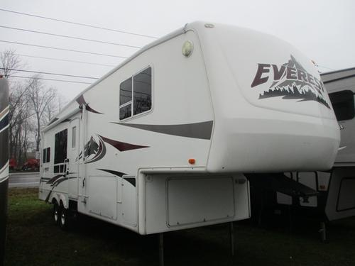2004 Keystone Everest