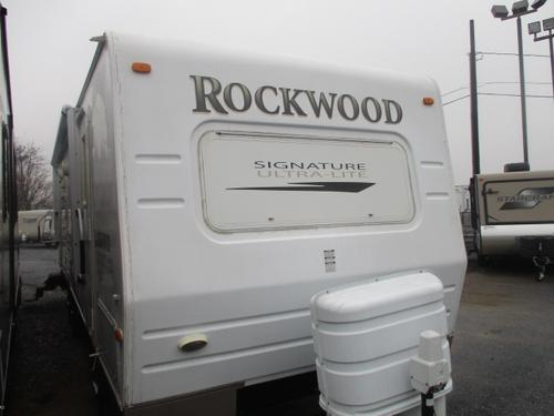 2008 Forest River Rockwood Signature