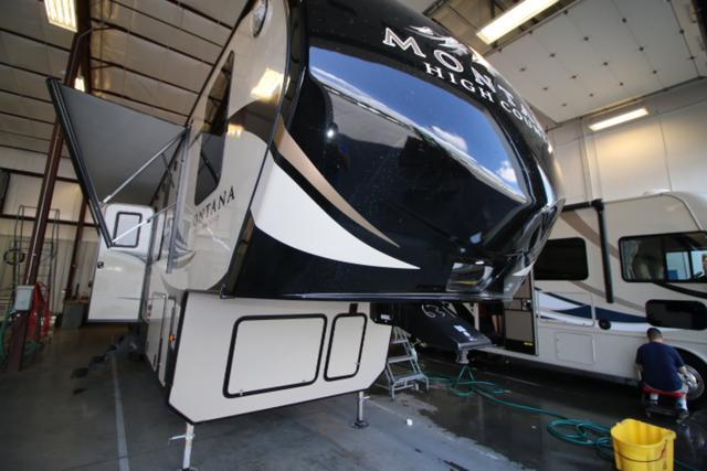 2017 Fifth Wheel Keystone Montana