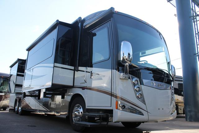 Buy a Used Itasca Ellipse in Holiday, FL.