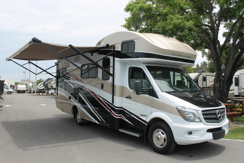 Model Has Now Launched Its New 2006 Fuelefficient Winnebago View And Itasca Navion Motor Homes Winnebago Industries Chairman, CEO And President Bruce Hertzke Said, &quotWe Received Great Response From Our Dealers When We Previewed