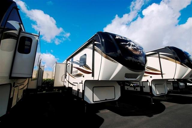 2016 Fifth Wheel Keystone Alpine