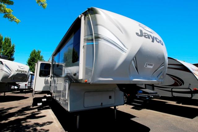 2017 Fifth Wheel Jayco Eagle