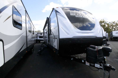 Living Room : 2020-CRUISER RV-3100BH