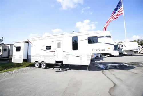 Used 2009 Forest River Cherokee 295U Fifth Wheel For Sale