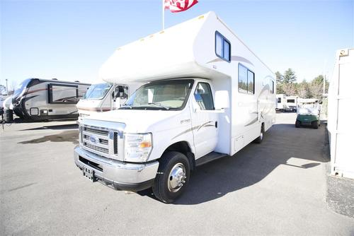 Used 2009 Winnebago Chalet 29TR Class C For Sale