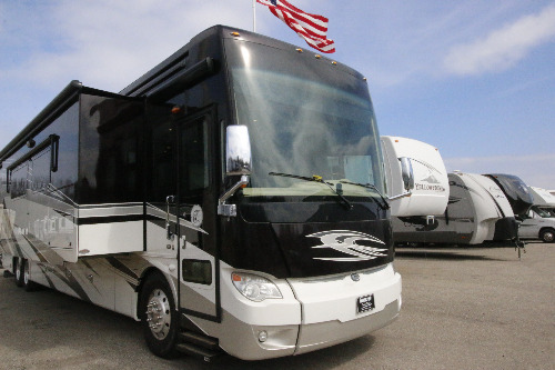 Exterior : 2014-TIFFIN-45LP