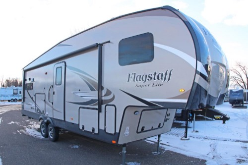 RV : 2019-FOREST RIVER-528RKS
