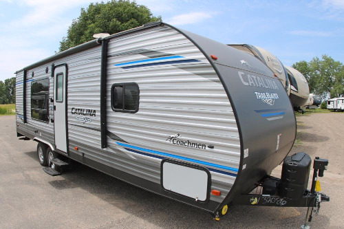 Exterior : 2019-COACHMEN-26TH