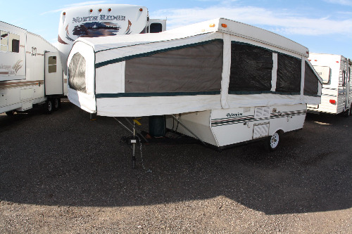 RV : 1999-FOREST RIVER-YEARLING-REAR LOUNGE