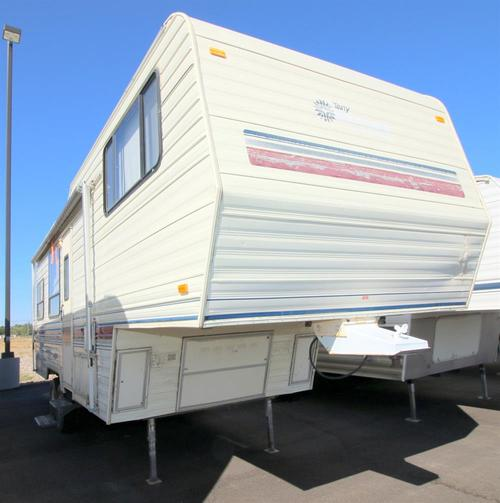 Used 1989 Fleetwood Terry 275G Fifth Wheel For Sale