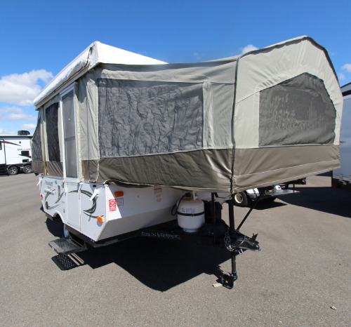 Exterior : 2015-FOREST RIVER-176LTD