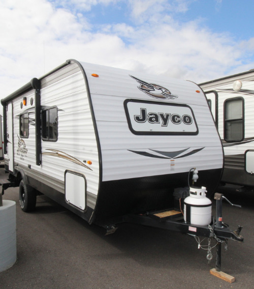 Exterior : 2017-JAYCO-195RB