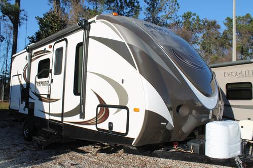 Used 2014 Keystone Bullet 22PBR Travel Trailer For Sale