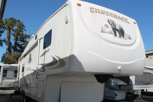 Used 2006 Forest River Cedar Creek Silver Back 29LRLBS Fifth Wheel For Sale