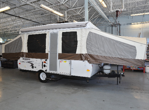 Exterior : 2014-FOREST RIVER-232XR