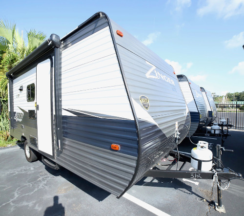 Small Campers for Sale - Gander RV on mobile homes tennessee, mobile homes maine, mobile homes mississippi, mobile homes michigan, mobile homes san antonio, mobile homes costa rica, mobile homes ca, mobile homes in los angeles, mobile homes rexburg, mobile homes orange county, mobile homes santa fe, mobile homes las vegas nevada, mobile homes washington state, mobile homes rent california, mobile homes georgia, mobile homes delaware, mobile homes tulsa, mobile homes fleetwood, mobile homes south florida, mobile homes maryland,