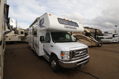 Exterior : 2009-COACHMEN-2700RS FORD