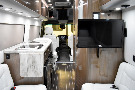 Living Room : 2018-AIRSTREAM-GRAND TOUR EXT