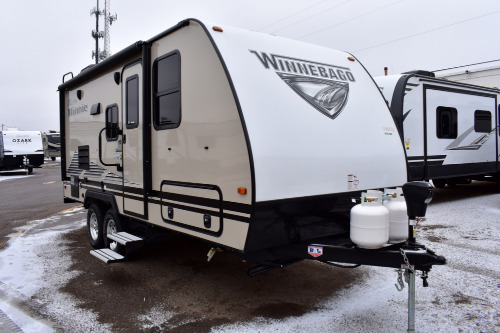 Exterior : 2019-WINNEBAGO-2106DS