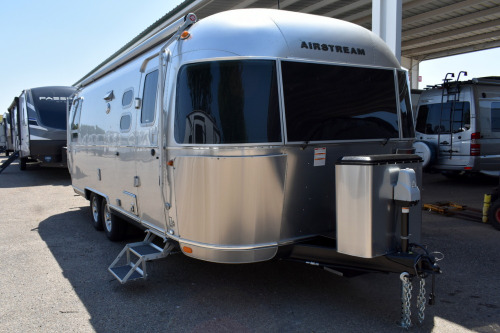 Exterior : 2020-AIRSTREAM-25RB QUEEN