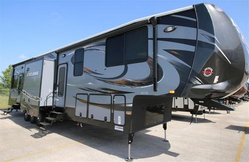New 2016 Heartland Cyclone 4200 Toy Hauler Fifth Wheel At ...