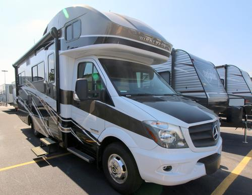 RV : 2019-WINNEBAGO-24J