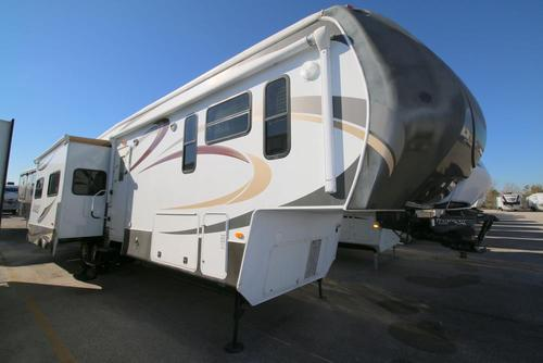 Used 2012 Dutchmen INFINITY 3850 RL Fifth Wheel For Sale