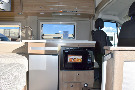 Kitchen : 2019-WINNEBAGO-59K