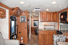 Kitchen : 2019-WINNEBAGO-30T
