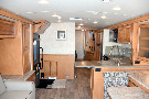 Kitchen : 2019-WINNEBAGO-33C