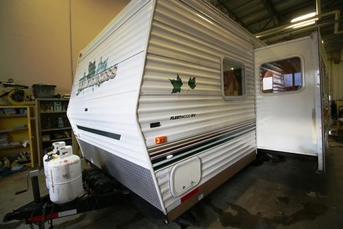 Used 2003 Fleetwood Wilderness 27H Travel Trailer For Sale