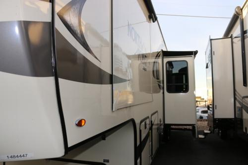 Bathroom : 2018-JAYCO-379DBFS