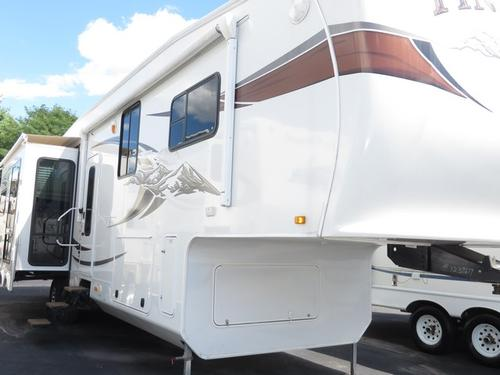 2012 Jayco Pinnacle