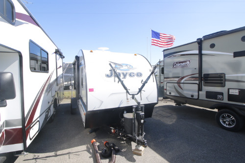 Exterior : 2018-JAYCO-17RB