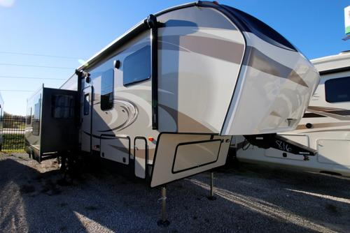 grain valley cougar women Lifestyle rvs, kansas city rv dealer, proudly carries keystone rv fifth wheels, travel trailers and toy haulers including montana, laredo, passport, raptor, 5th wheel.