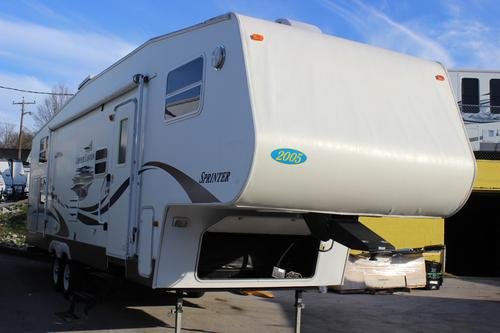 Used 2005 Keystone Copper Canyon 297FWBHS Fifth Wheel For Sale