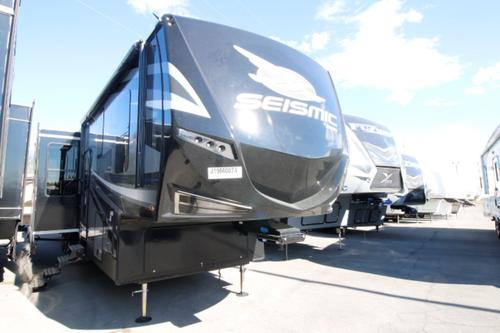 Camping World Kaysville >> Jayco Seismic 4114 RVs for Sale - Camping World RV Sales