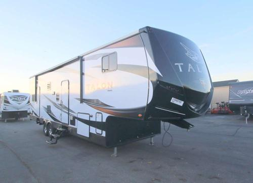 Bedroom : 2018-JAYCO-313T