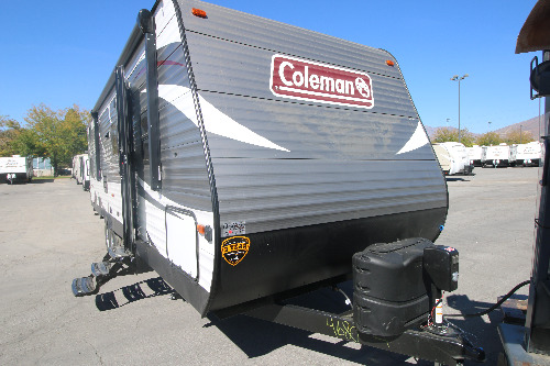 Kitchen : 2019-COLEMAN-295QBWE