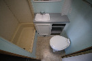 Bathroom : 1995-WINNEBAGO-28RQ