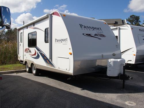 Used 2011 Keystone Passport 19RB Travel Trailer For Sale